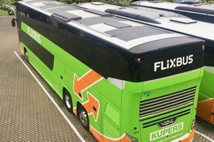FlixBus: charging on the way by solar energy
