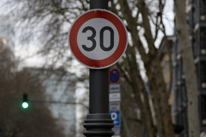 'Stockholm Declaration' proposes 30 kph limit in 140 countries