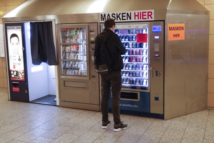 Belgian Rail to put masks in snack vending machines