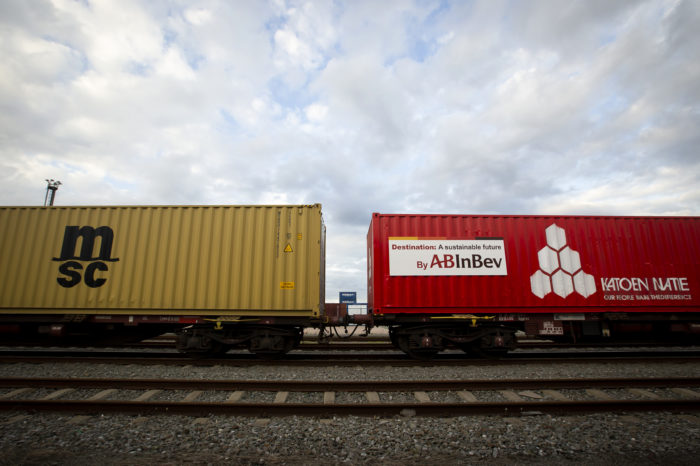 Freight transport by rail decreases by 20%
