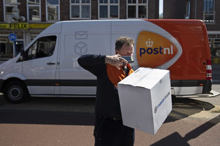 Booming online orders make parcel delivery 'explode'