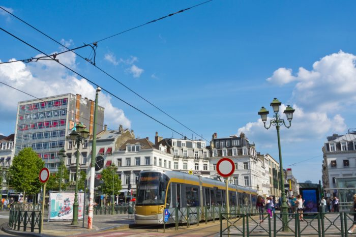 'Electric Avenue Louise': 300 EV charging points for Brussels
