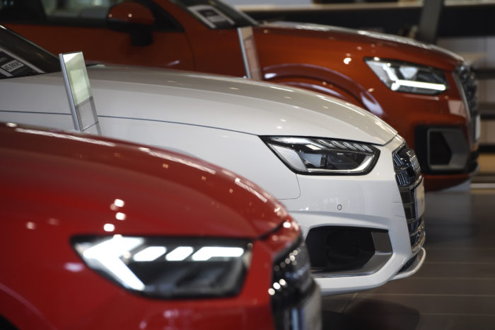 No clearance car sales in Belgium but 'long and slow recovery'