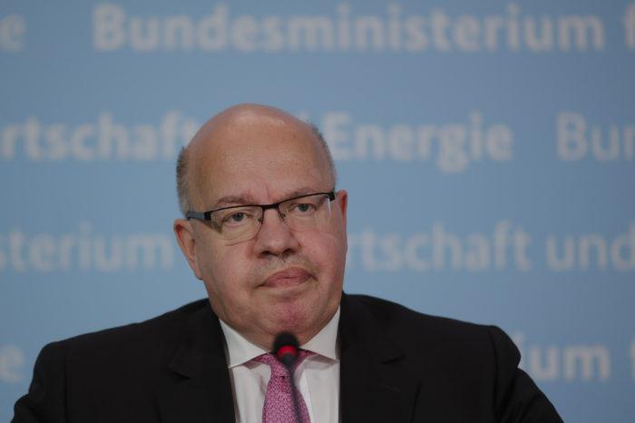Germany keeps Lufthansa airborne with €9 billion