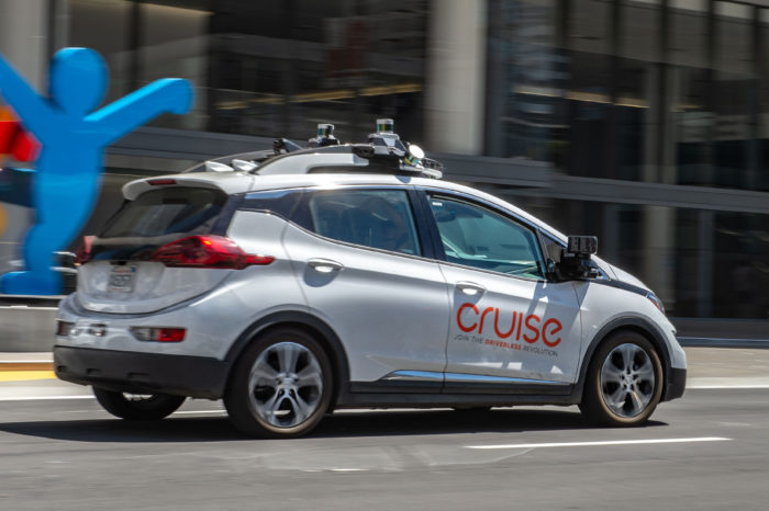 GM cuts jobs at its self-driving unit Cruise