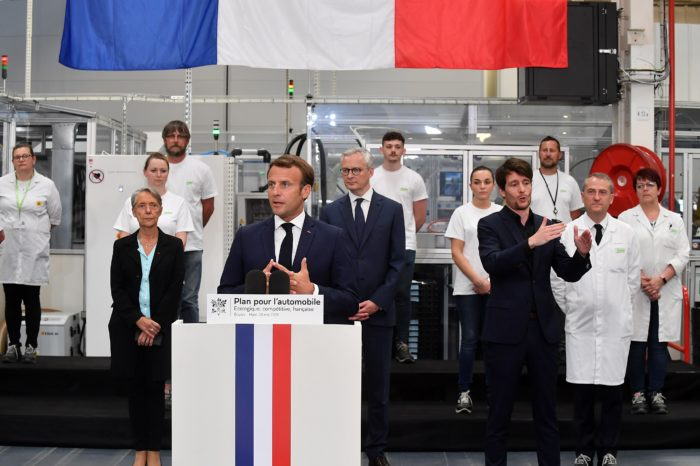 Macron invests €8 billion in greener French car industry