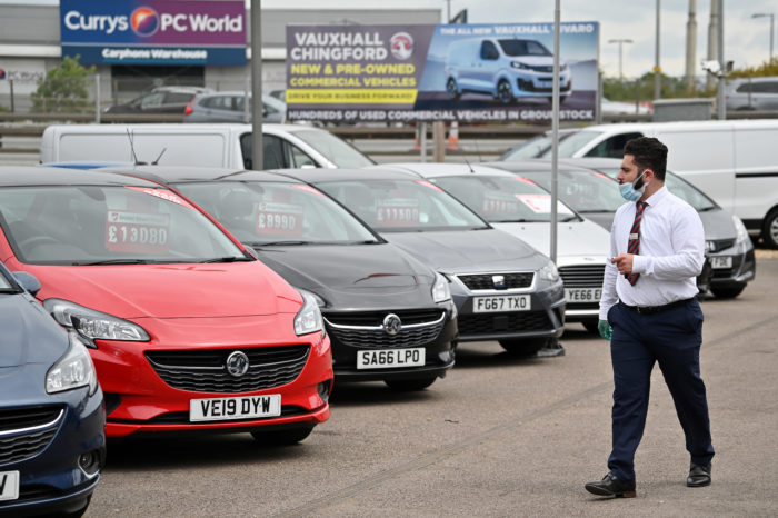 Corona: car sales still low after dealerships reopen