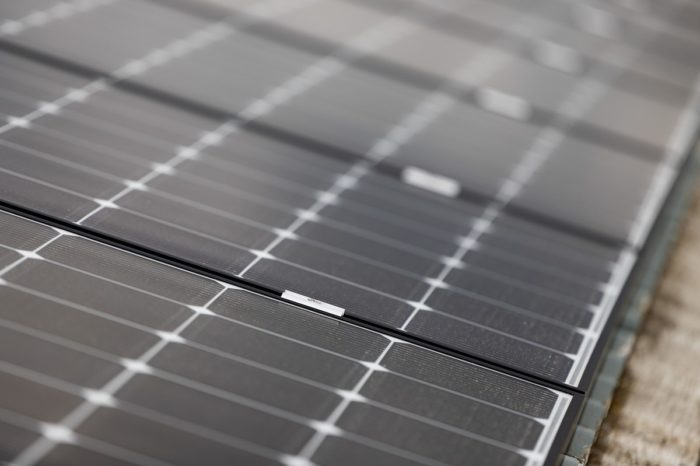 MIVB/STIB installs another 2 000 solar panels on two sites