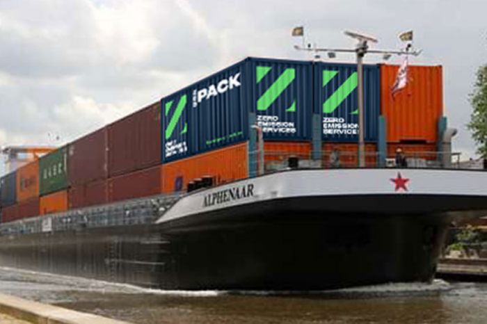 ZES: swappable container batteries for electric inland barges