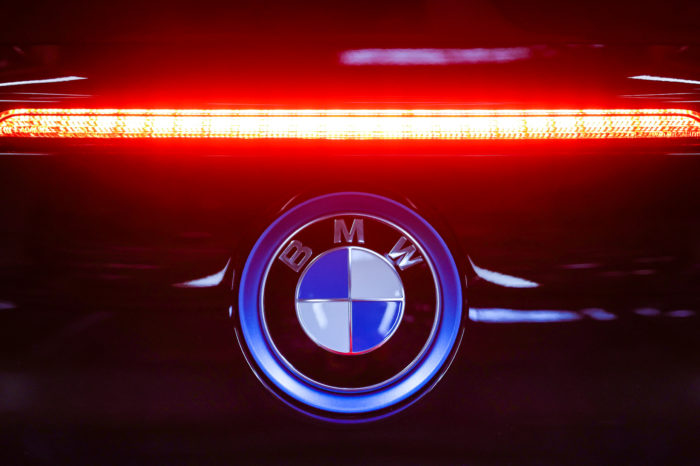 BMW cuts 6 000 jobs
