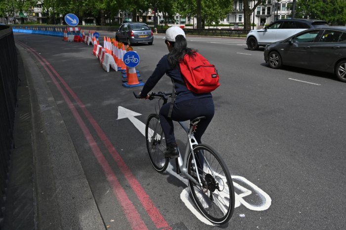 UK invests €2,19 billion in cycling and walking projects