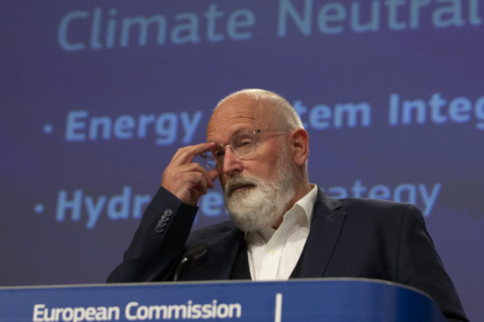 EU goes all out for hydrogen in industry and transport