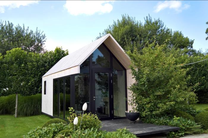 A 'tiny backyard office' instead of a company car?