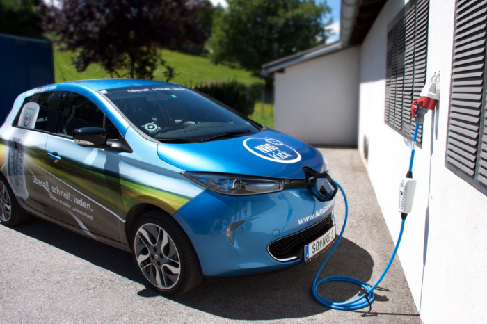 Smart 'mobile EV charger' NRGkick launched in Benelux