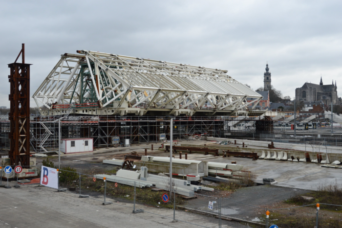 Mons' prestigious train station costs explode to €324 million