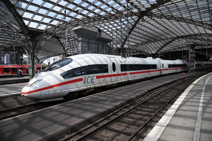 Deutsche Bahn invests €1 billion in high-speed trains