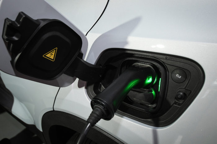 Wallonia lags behind on EVs
