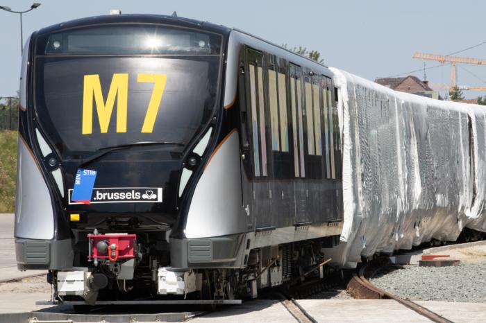MIVB/STIB receives first new subway trains