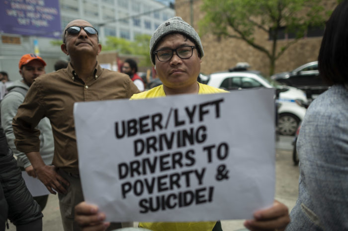 Californian judge forces Uber and Lyft to classify drivers as employees