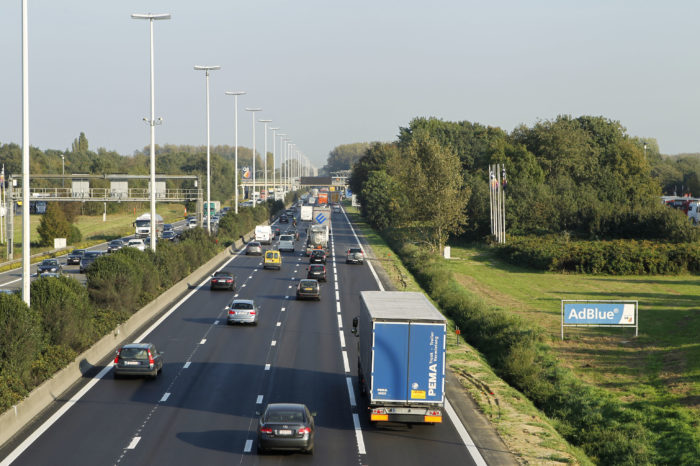 Flemish extra rush-hour lanes only short-term solution?