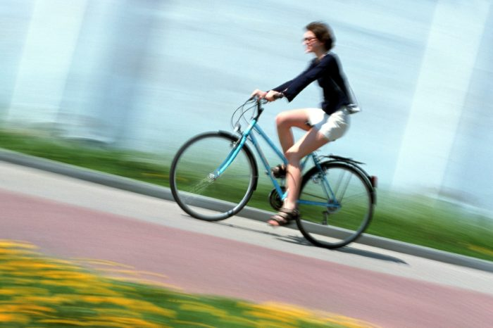 'Domestic tasks, unsafety, and lack of comfort keep women from cycling'