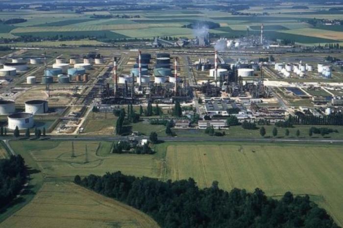 Total converts Grandpuits refinery into 'zero oil platform'