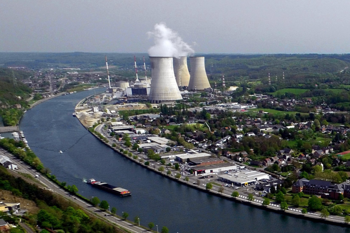 'Keeping nuclear power plants open saves €100 million a year'