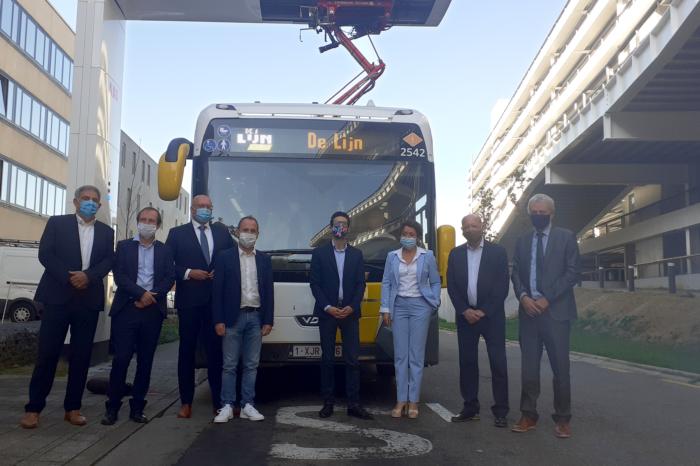 De Lijn starts pilot project with 13 electric buses