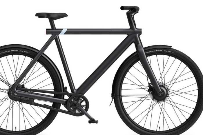 Dutch 'perfect city e-bike' VanMoof lands in Brussels