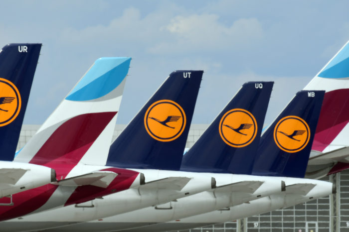 Lufthansa warns additional savings are 'indispendable'