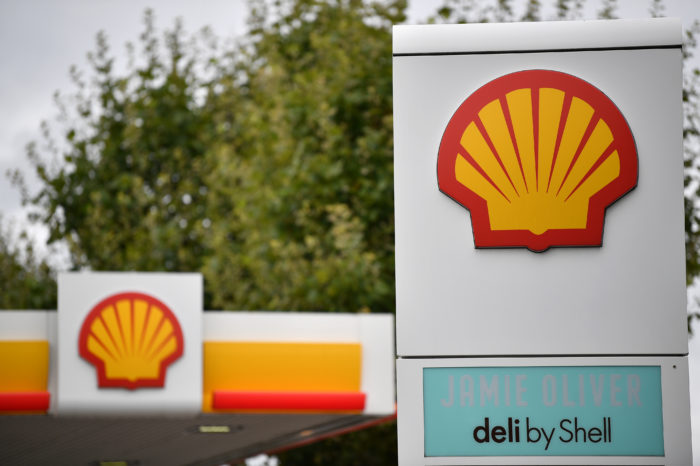 Shell to cut an extra 9 000 jobs