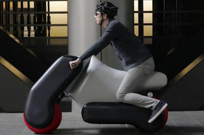 Japanese Poimo: design your inflatable and foldable e-bike