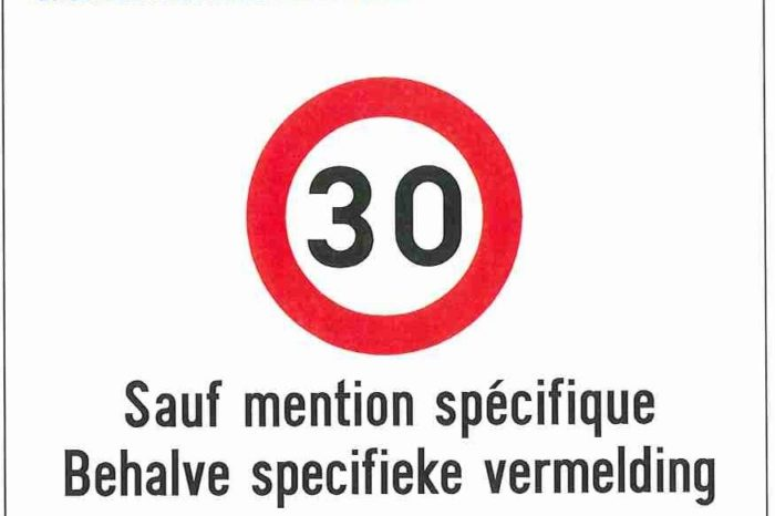 Brussels starts rolling out zone 30 road signs