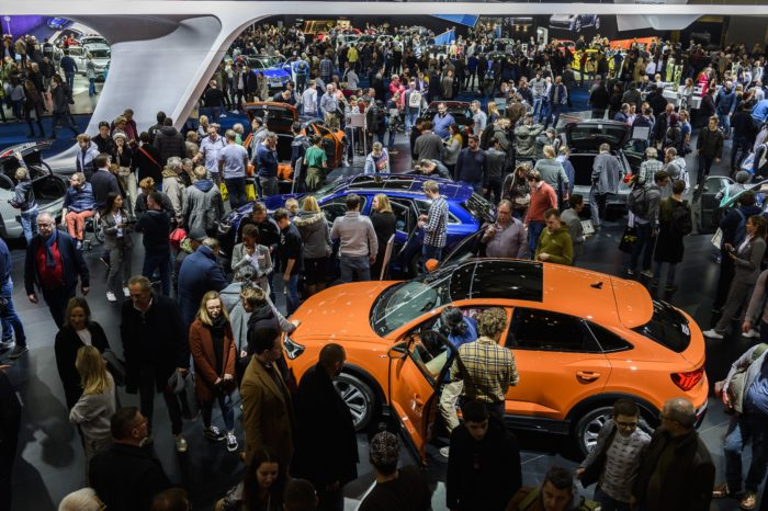 Brussels Motor Show 2021: linear and standardized