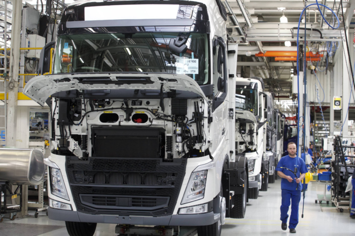 Volvo Trucks Ghent to assemble batteries for whole of EU