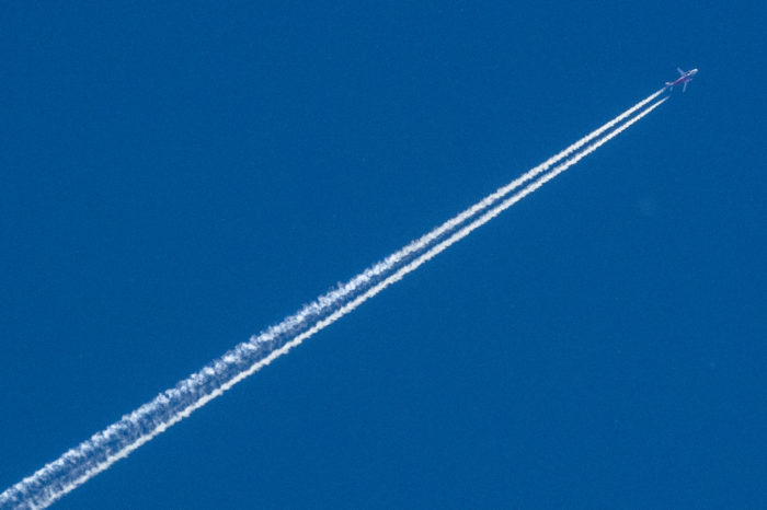 EASA study: 'airplane contrails warm planet twice as much as CO2'
