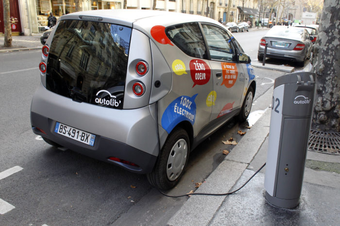 Total takes control of Paris Autolib' charging stations