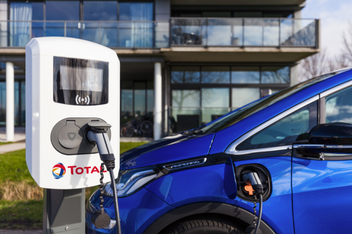 Total takes over 1 400 EV charging stations in Germany