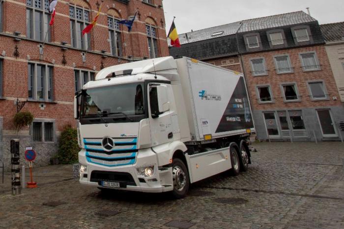 Van Mieghem tests Mercedes eActros on Belgian roads