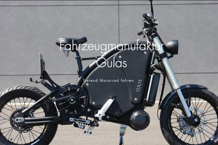 Gulas e-motorbike: pedaling at 87 km per hour