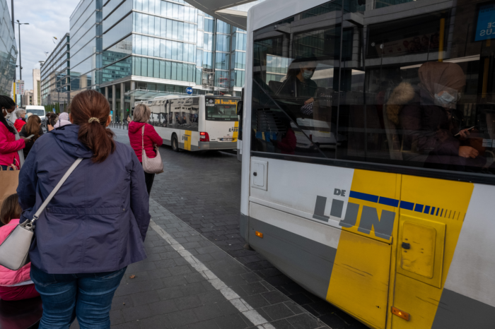 De Lijn and Fluvius will work more closely together for e-buses