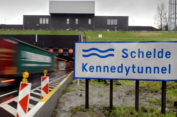 Antwerp Kennedy tunnel to get new smart LED lighting