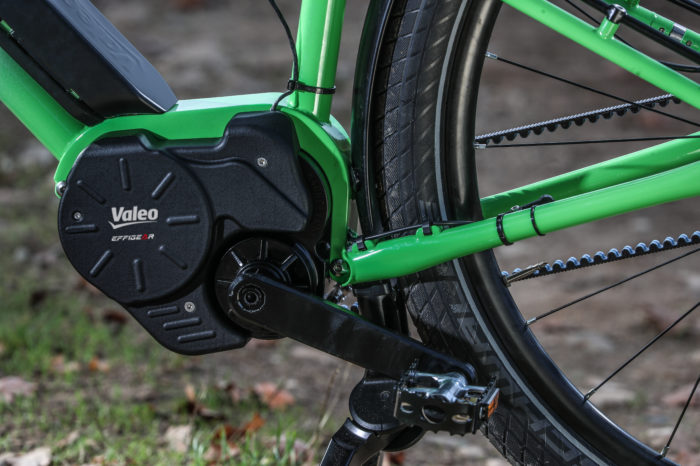 Valeo shows innovating e-bike motor with automatic gears