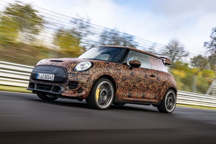 Mini goes also for performance EVs