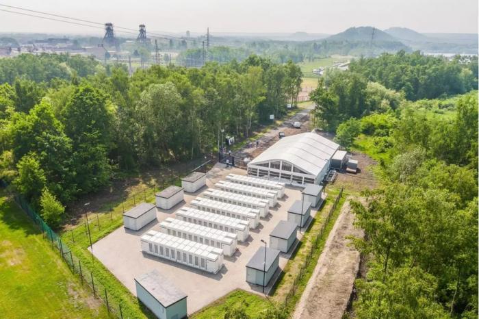 Belgian grid stabilized by 140 Tesla batteries