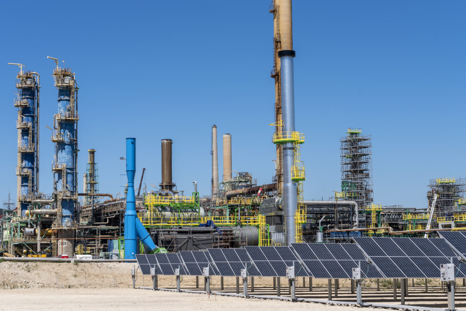 Total and Engie to build 40 MW electrolyser for hydrogen - newmobility.news