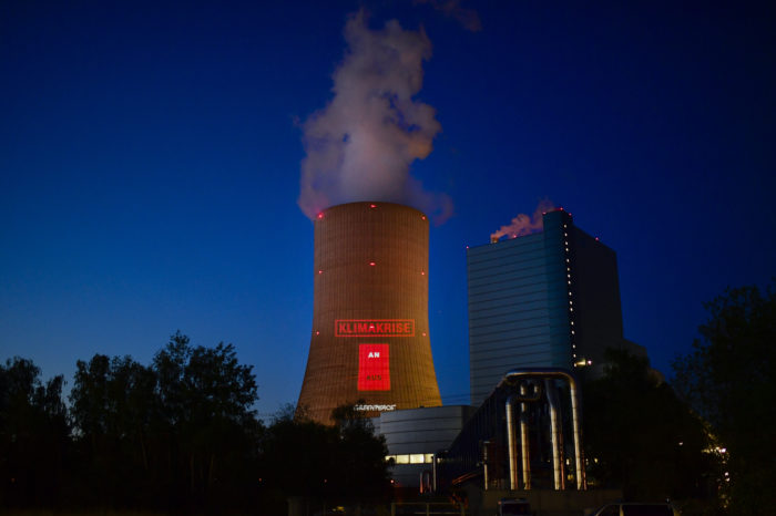 Germany to close coal power plants and tax CO2 in 2021