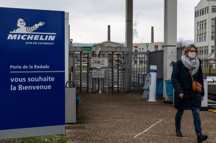 Michelin to cut 2 300 jobs in France