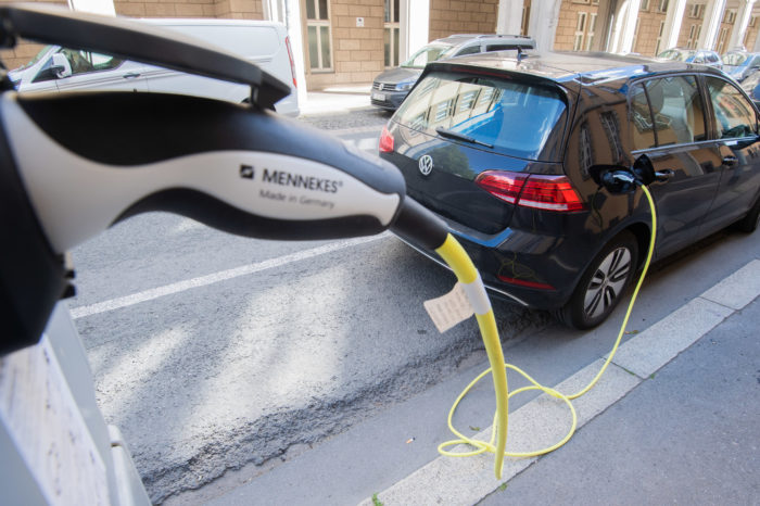 'One million EV public chargers must be EU target for 2024'