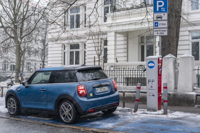 BMW Group accelerates renewable strategy